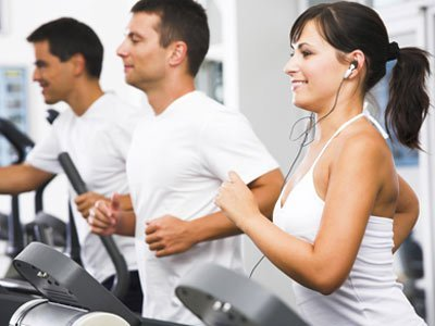Avoid getting Slipped Disc, Aggressive workouts are common cause of slipped disc (slip disc)